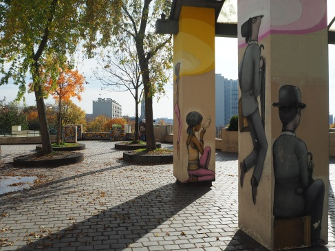 Sunshine and street art in Parc de Belleville, October 2015