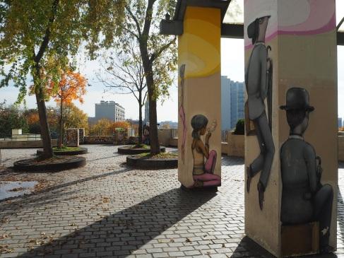 Sunshine and street art in Parc de Belleville, October 2015