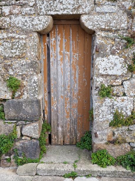 Back door, St Malo