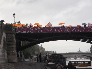 Rainy day protest on Pont des Arts - October 2015