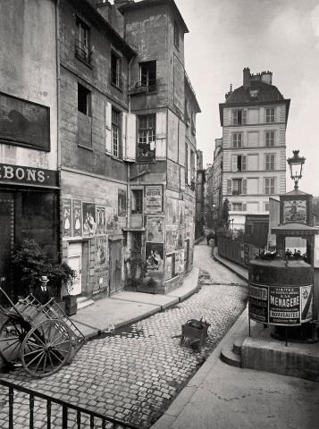 La rue des Ursins en 1900, photographiée par Eugène Atget.