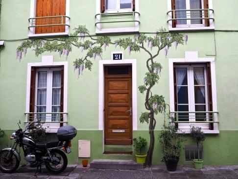 wisteria street art rue Crémieux Paris