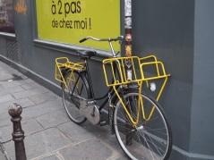 Yellow delivery bike - Paris 4e - February 2016