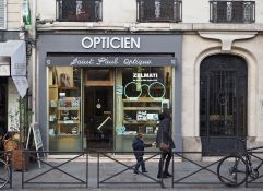 O is for Opticien - an optician, of course