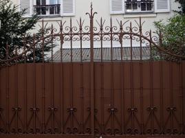 Garden gate, Butte aux Cailles, Paris 13e