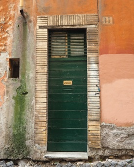 narrow green door Trastevere