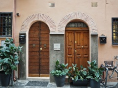 arch top doors Trastevere