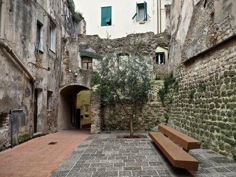 Ventimiglia Alta old & new