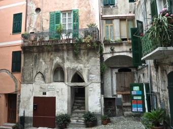 Ventimiglia Alta buildings