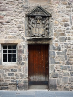 Bible Land door Canongate Edinburgh