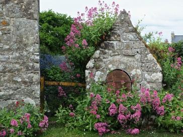 Household well near Crach, Morbihan.