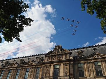 La Patrouille de France flies past Le Louvre - July 2016