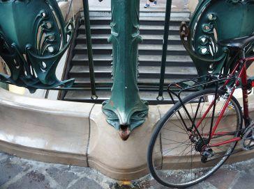 metro downspout paris chatelet