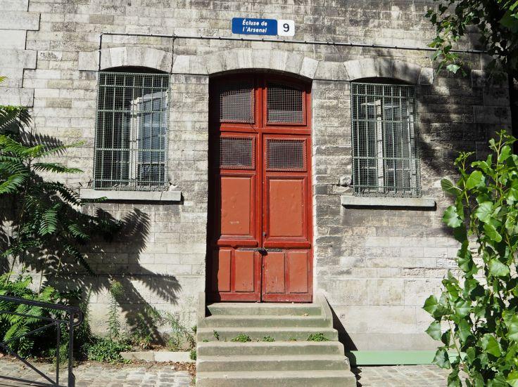 lock keeper's house écluse de l'arsenal