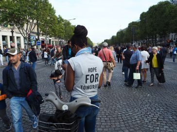 Car-free day on the Champs Elysées.