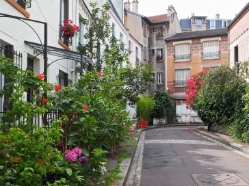 Cité des Fleurs, Paris, July