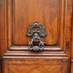 elaborate door knocker paris
