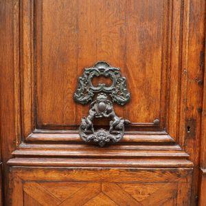 elaborate door knocker paris