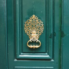 door knocker paris