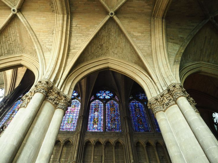 reims cathedral vaulting and windows