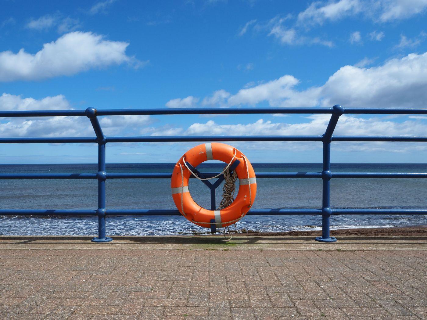 life buoy promenade spittal northumberland