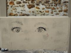 eyes street art Butte aux Cailles