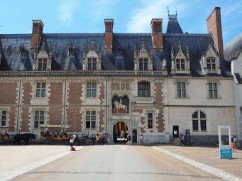 The main entrance to the Château de Blois