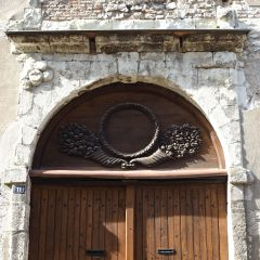 carved wooden door vieille ville de Blois