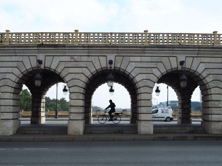 pont de Bercy cyclist Paris