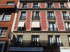 Can you have too much sun in September? These buildings date from after the relaxation of Haussmann's planning rules in 1880 when brick or coloured plaster became acceptable