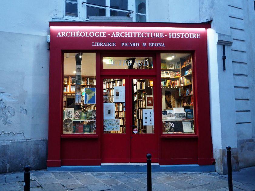 specialist bookshop paris 5