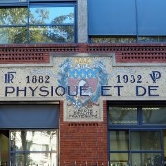 1930s mosaic for the city school of Physics and Industrial Chemistry