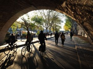 Early April - strolling and cycling in the new Parc Berges de la Seine