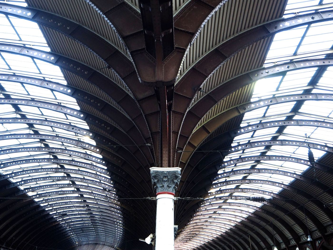 york railway station roof