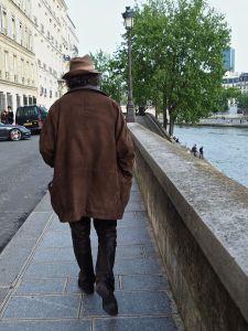 man in hat on quai d'Orleans