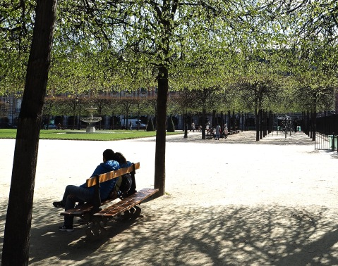 A quiet moment in Place des Vosges.