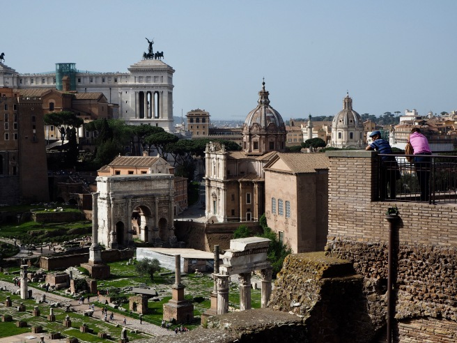 A first glimpse of the Forum Romanum - look down to the figures at the bottom left for a sense of the scale