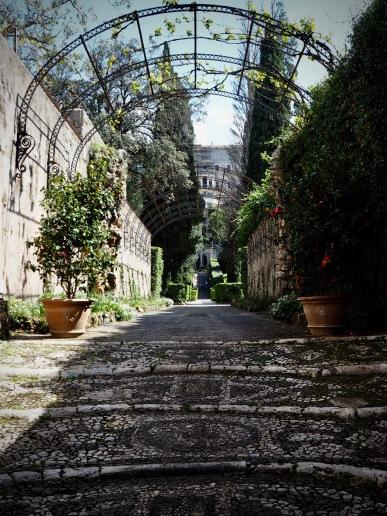Villa d'Este from lower entrance