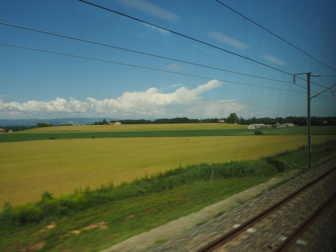 The TGV goes so fast that only the distant view is in focus
