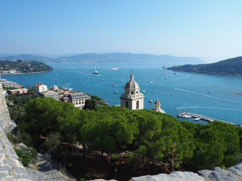 After a steep climb to the fort on top of the hill the view of the bay opens out below you