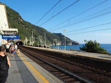 The platform at Corniglia station...