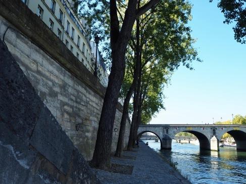 Riverside quays on Île St Louis