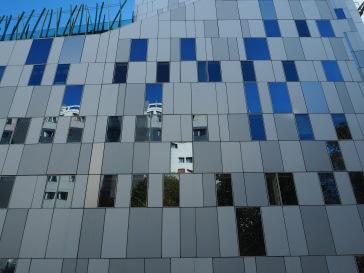 Layered reflections on rue de Vulpian