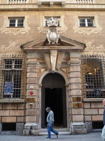 palazzo door via garibaldi genoa