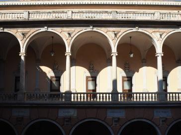 doors and arches Municipio Genoa
