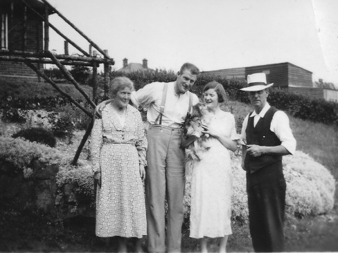 Carrie and Walter Rance with Sydney and Brenda about 1935