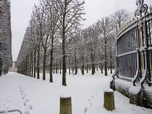 February in the Jardin du Luxembourg - the gardens were closed for the two days that the snow lasted