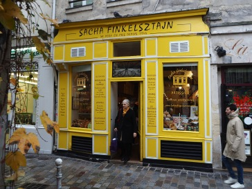 A visit to the bakers - Paris - December