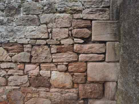 Spittal stonework - brown, grey or pink?
